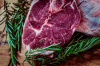 Как определить свежесть купленного мяса ?