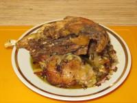 Курица в горшочке.