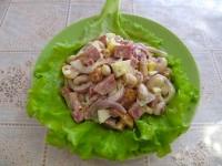 Рецепт салата с фасолью и грибами.